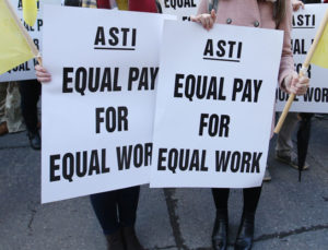 asti-pickets-image